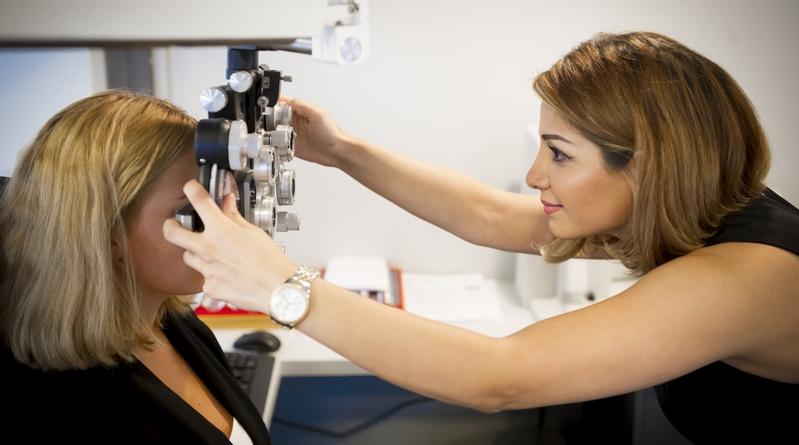 Onderzoek van oogklachten door de optometrist